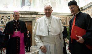 الساعاتُ الثلاث مع البابا… واستقالةُ الراعي؟