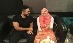 في لفتة إنسانية… تامر حسني يحقق أمنية فتاة كفيفة