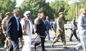 البشير يدعو السودانيين إلى التضافر