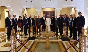 بخاري: رفع الحظر عن زيارة السعوديين فور تشكيل الحكومة