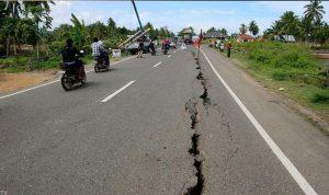 زلزال يهز شرق إندونيسيا