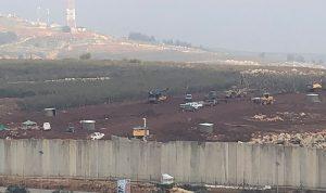 إسرائيل تستكمل أعمال الحفر.. والجيش واليونيفيل يراقبان
