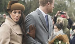 بالفيديو: ثوب ماركل كاد أن يتسبب بطردها من العائلة المالكة