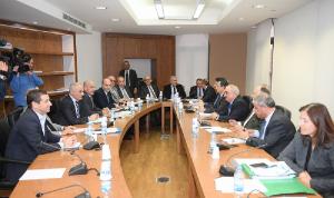 لجنة الأشغال أقرت 3 مشاريع قوانين لاتفاقيات قروض