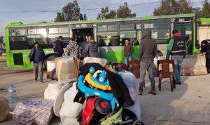 عائلات سورية تستعد للمغادرة الى سوريا عبر نقطة العبودية