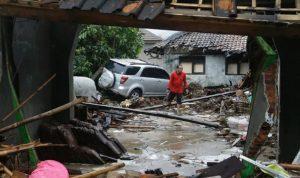 بالصور: زلزال عنيف يضرب الفلبين.. وتحذيرات من تسونامي