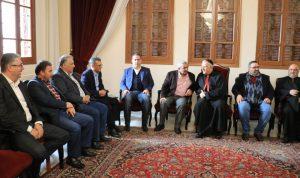 سعد مهنئا بالميلاد: نأمل إنقاذ لبنان من أزماته السياسية