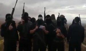 بالفيديو: مجموعة مسلحة تهدد الحريري وعثمان وتحيي وهاب!