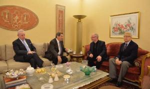 الفرزلي: يجب أن يلعب لبنان الدور الأساسي في إعادة إعمار سوريا