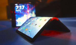 الهواتف القابلة للطيّ… آفاق تكنولوجية جديدة