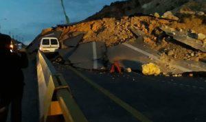 انهيار صخري على سائق في برج رحال