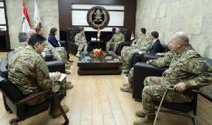 قائد الجيش عرض برنامج المساعدات الأميركية مع فوتيل