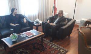 تطوير العلاقات بين جريصاتي وسفيرة استراليا في لبنان