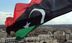 سقوط صواريخ على فندق في العاصمة الليبية