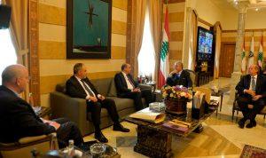 المشنوق عرض مع سفير تركيا العلاقات الثنائية