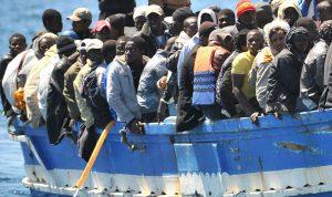 وسط رفض أوروبي لاستقبالهم… مهاجرون عالقون في البحر المتوسط