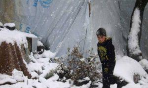 البرد يقضي على عشرات الأطفال في سوريا