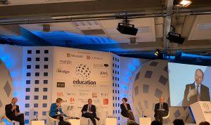 مدير عام التربية في لندن: مستمرون بخوض تحدي التطوير