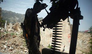 """الجيش اليمني يشن هجوما ضد """"أنصار الله"""" على حدود السعودية"""