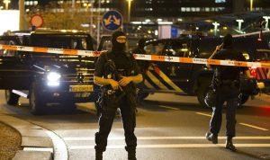 الشرطة الهولندية تطلق النار على رجل في أمستردام
