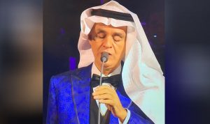 بالفيديو والصور: اندريا بوتشيلي يفاجىء الجمهور في السعودية!