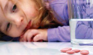 الأدوية المنوِّمة عند الأطفال: حلٌّ يثير القلق