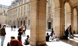 نبأ سيء للطلاب اللبنانيين في فرنسا!