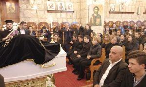 إشكال بين الإعلاميين وعائلة جورج زريق أثناء مراسم الجنازة!