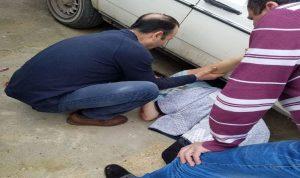 في حلبا… سقطت من سيارتها وانزلقت تحت سيارة أخرى