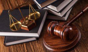 """ملف """"سماسرة العدلية"""": ملاحقة مساعدين قضائيين!"""
