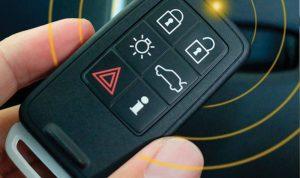 إعتراض إشارات المفاتيح لسرقة السيارات