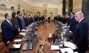 أول اشتباك سياسي داخل الحكومة: أين يقف الحريري في موضوع النازحين؟