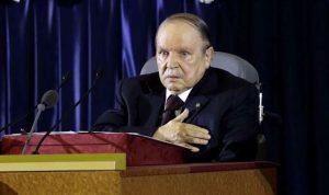 بعد استقالة بوتفليقة: اقتصاد متهاو وتراجع في النقد