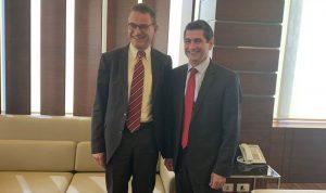 قيومجيان عرض مع السفير الألماني العلاقات الثنائية