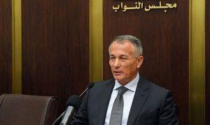 روكز: قطع الطرقات وبناء الجدران مظاهر ميليشياوية مرفوضة