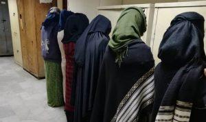 في طرابلس… نساء يُجبرن أطفالهن على التسول!