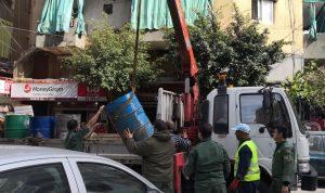 بلدية بيروت تزيل المخالفات والتعديات على الملك العام (صور)