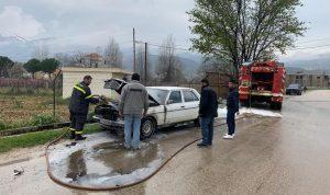 بالصور- حريق داخل سيارة في قب الياس