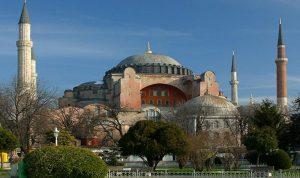 وفاة مؤذن مسجد آيا صوفيا بنوبة قلبية