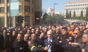 متطوعو الدفاع المدني يعتصمون ويهدّدون بالتصعيد