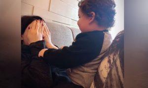 فيديو طريف يجمع سيرين عبد النور وابنها