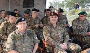 قائد الجيش عرض ونظيره القبرصي تعزيز العلاقات العسكرية