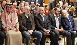 جنبلاط: عودة النازحين لن تتحقق طالما يرفضها النظام