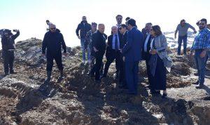 بعد الانهيارات في طريق ترشيش-زحلة.. محافظ جبل لبنان يتحرك!
