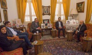معوض يؤكد دعمه لأبي نصر لرئاسة الرابطة المارونية