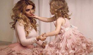 """الباحثون يؤكدون: """"طب الجرة على فمها تطلع البنت لأمها""""!"""