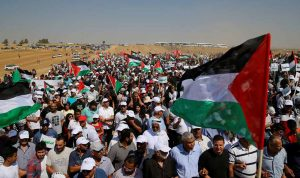 """3 قتلى في مسيرات """"الأرض والعودة"""" في فلسطين"""