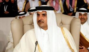 أمير قطر غادر قمة تونس من دون إلقاء كلمة