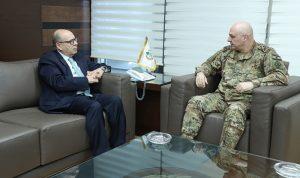 قائد الجيش استقبل رئيس الرابطة السريانية