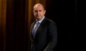 الرئيس البلغاري وضع اكليلا على نصب الشهداء في بيروت